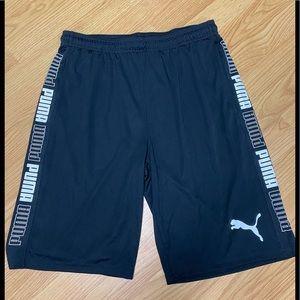 Puma basketball shorts M
